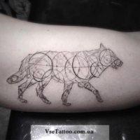 тату геометрия животные