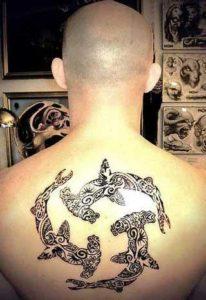 фото тату акулы-молот в стиле полинезия